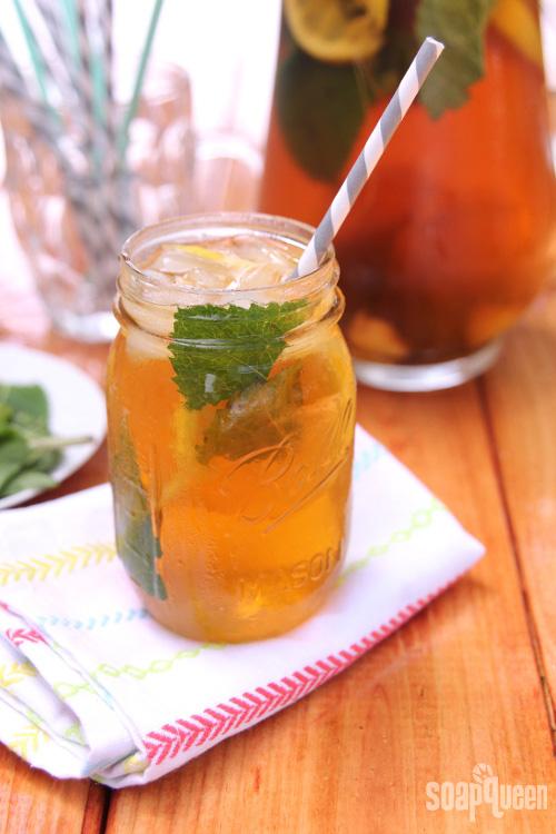 Soap Queen Cuisine: Lemon, Mint & Ginger Iced Tea